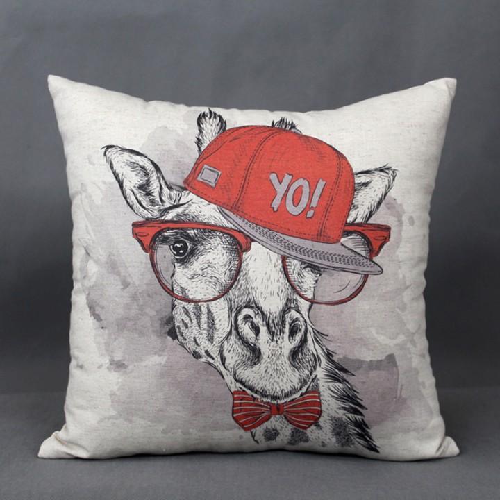Наволочки для декоративных подушек. Жираф