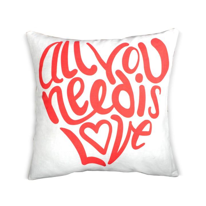 Наволочки для декоративных подушек. LoveAll