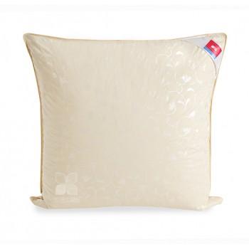 Пуховая подушка 70х70-Камелия