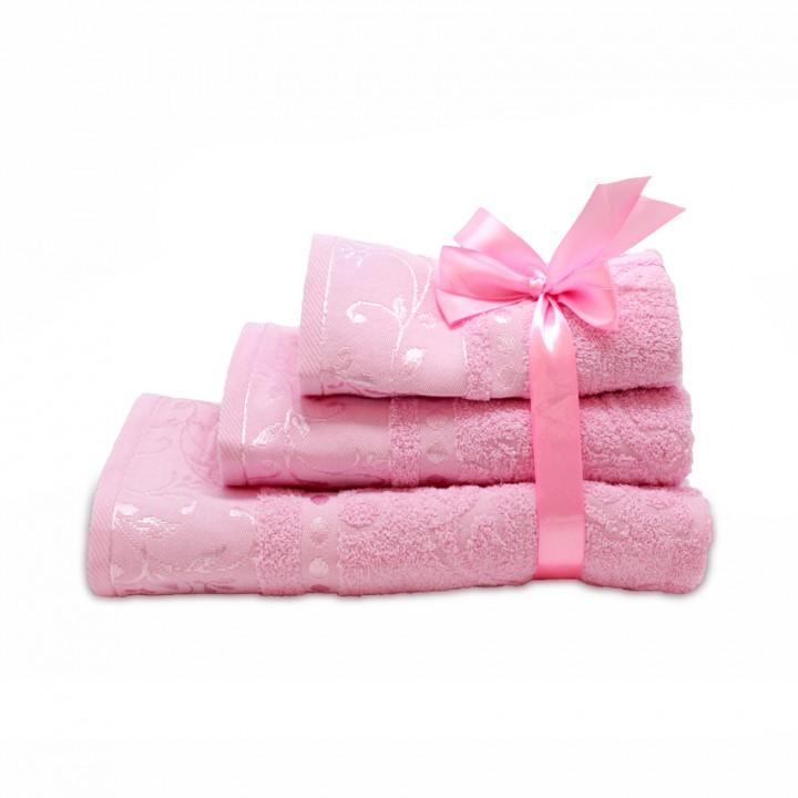 Набор махровых полотенец розового цвета