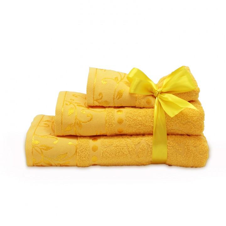 Набор махровых полотенец желтого цвета